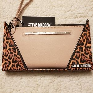 Steve Madden Wallet/Wristlet. New with tags.